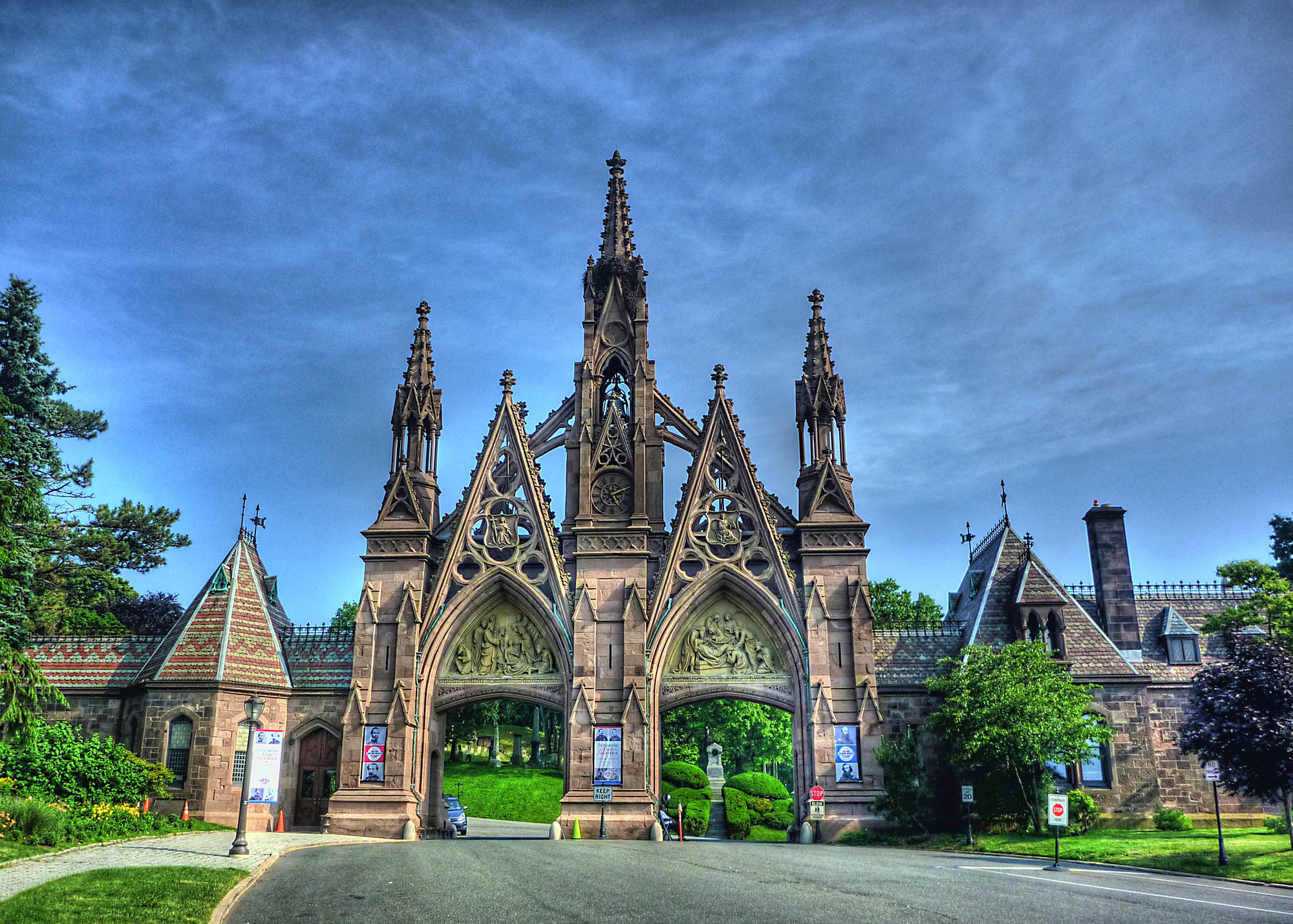 green-wood-cemetery-mementosis-web